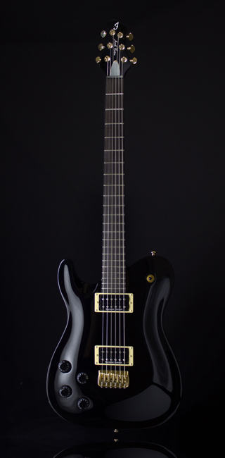 Front-Fusion-Lefty-Black-and-Gold2